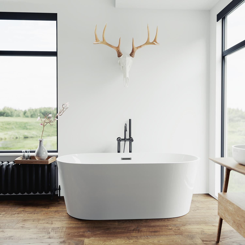 Freestanding Bath In a Bathroom
